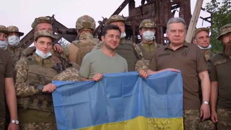Зеленский рассказал о результатах командировки на Донбасс, где с ...